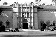 Early image of the San Diego Museum of Art Building at Balboa Park